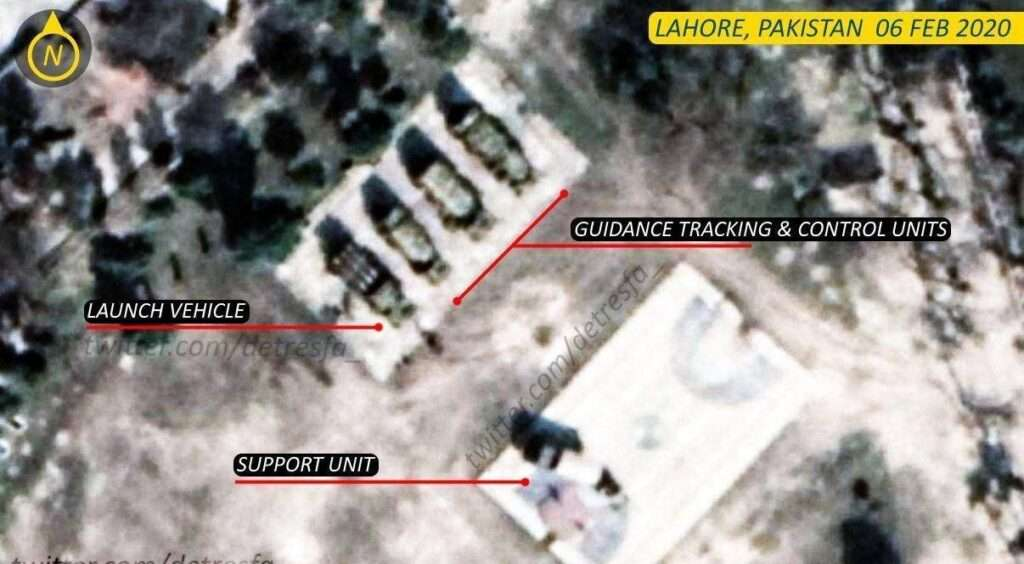 Pakistani missiles along Indian border