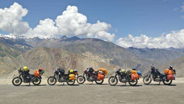 Travel to ladakh on bike