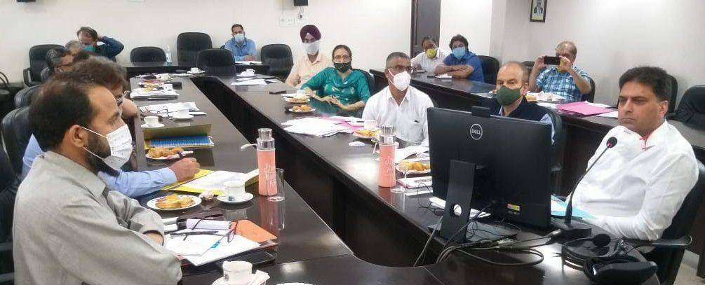 Talat Parvez review progress of RUSA, languishing projects in J&K-23