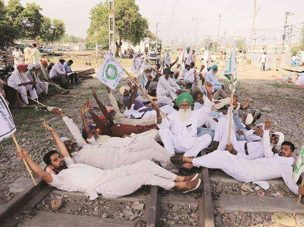 rail roko by farmers in punjab