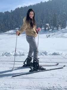 Sadia Khateeb Kashmir Pictures